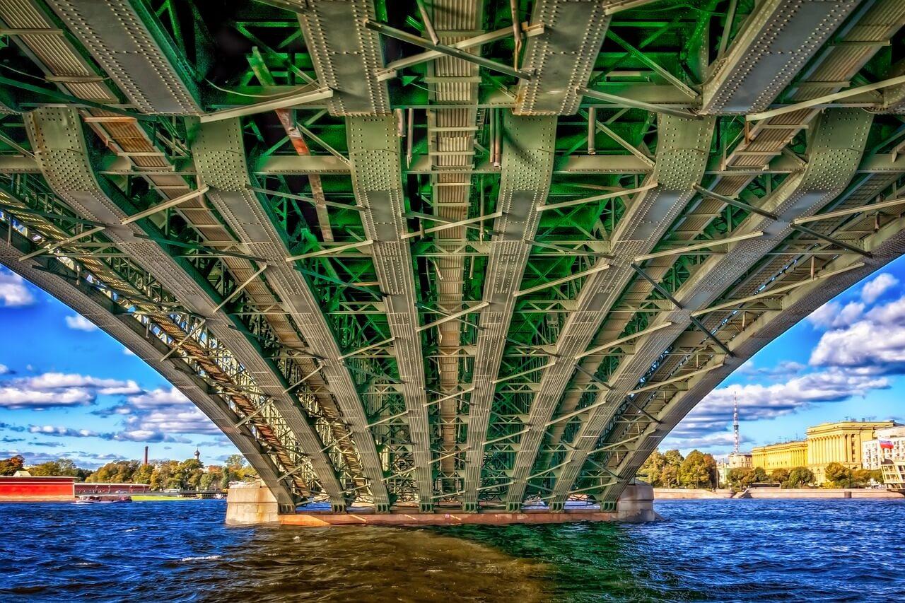 SE-041 Fatigue Cracks in Steel Bridges