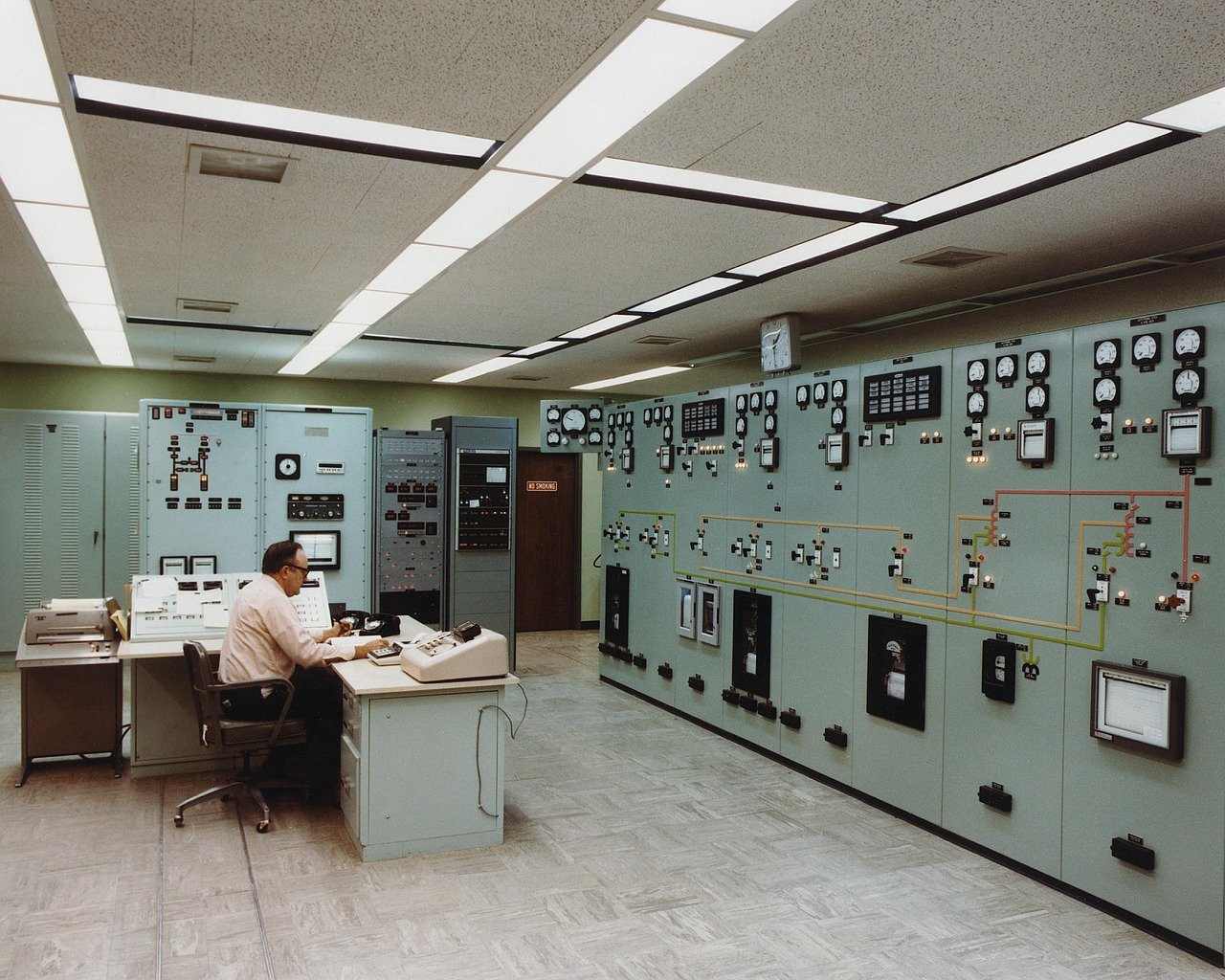 E-067 Gas Insulated Substation Control and Monitoring